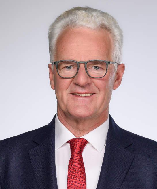 Portrait Lawyer Heinz Sonnauer